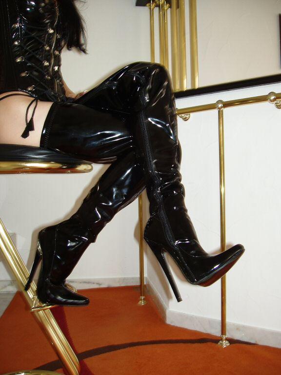MEGA EXTREM Plateau Lack High Heels Overknee Stiefel ROT 39